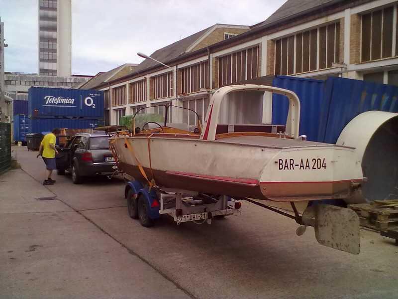 autoboot016.jpg